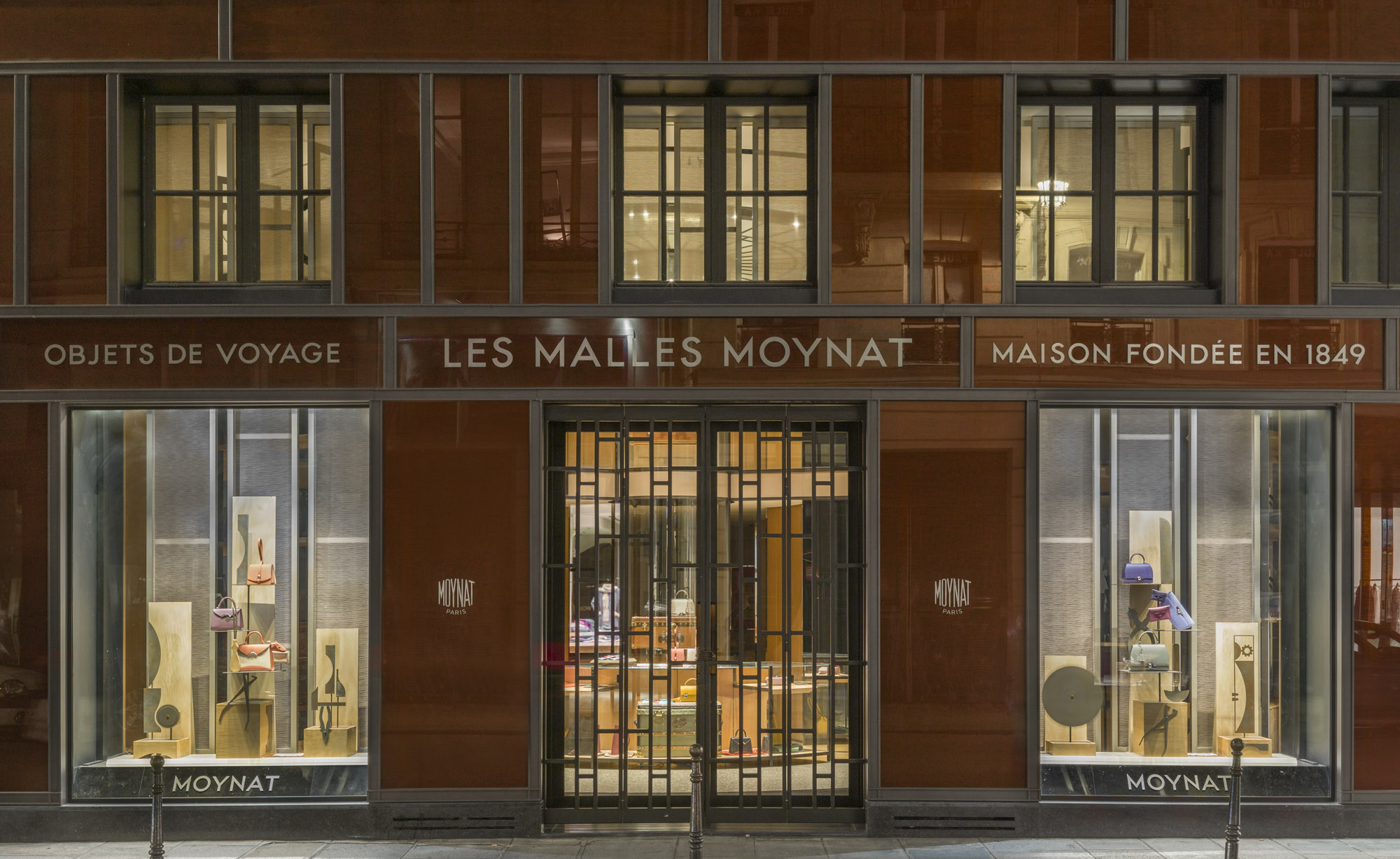 Moynat: PFW Windows, Paris